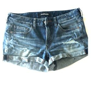 Express distressed jean shorts - LIKE NEW!